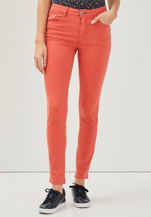 Pantalones - rose corail