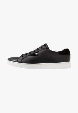 BUZZ - Zapatillas - waxy black