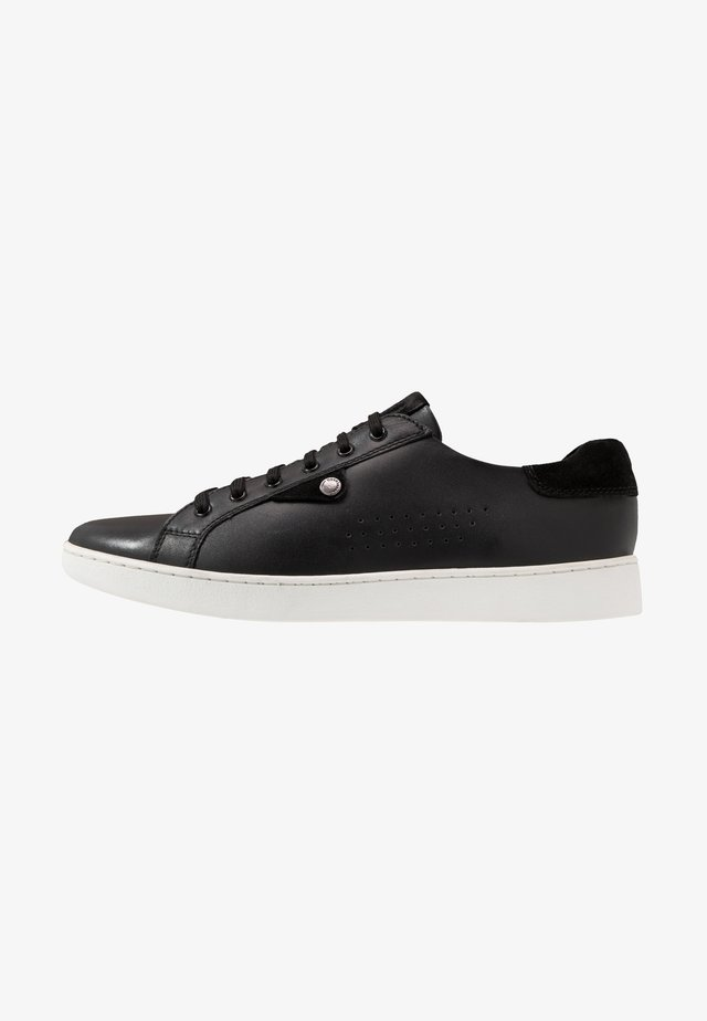 BUZZ - Sneakers laag - waxy black
