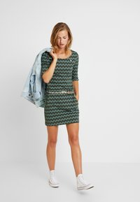 Ragwear - TANYA ZIG ZAG - Jersey dress - green - 2