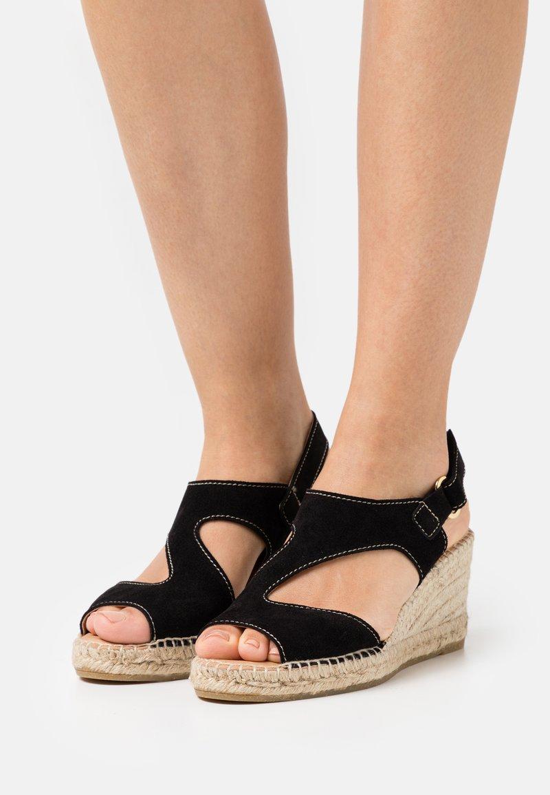 Kanna - ANIA - Platform sandals - schwarz