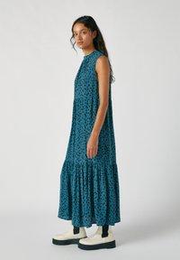 PULL&BEAR - Maxi šaty - blue - 1