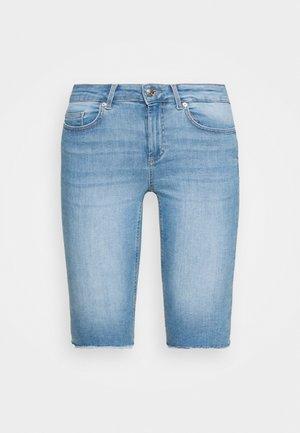 ONLBLUSH WAIST LONG - Denim shorts - light blue denim