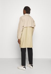 Gloverall - MENS CAR COAT - Krátký kabát - beige - 2