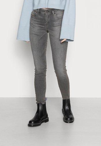 SLANDY - Jeans Skinny Fit - grey
