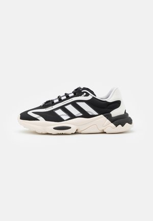OZWEEGO BIG LOGO UNISEX - Trainers - chalk white/core black/footwear white