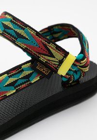 Teva - ORIGINAL UNIVERSAL WOMENS - Outdoorsandalen - yellow/red/green - 5