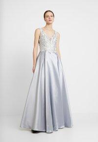 Luxuar Fashion - Společenské šaty - silber/grau - 0