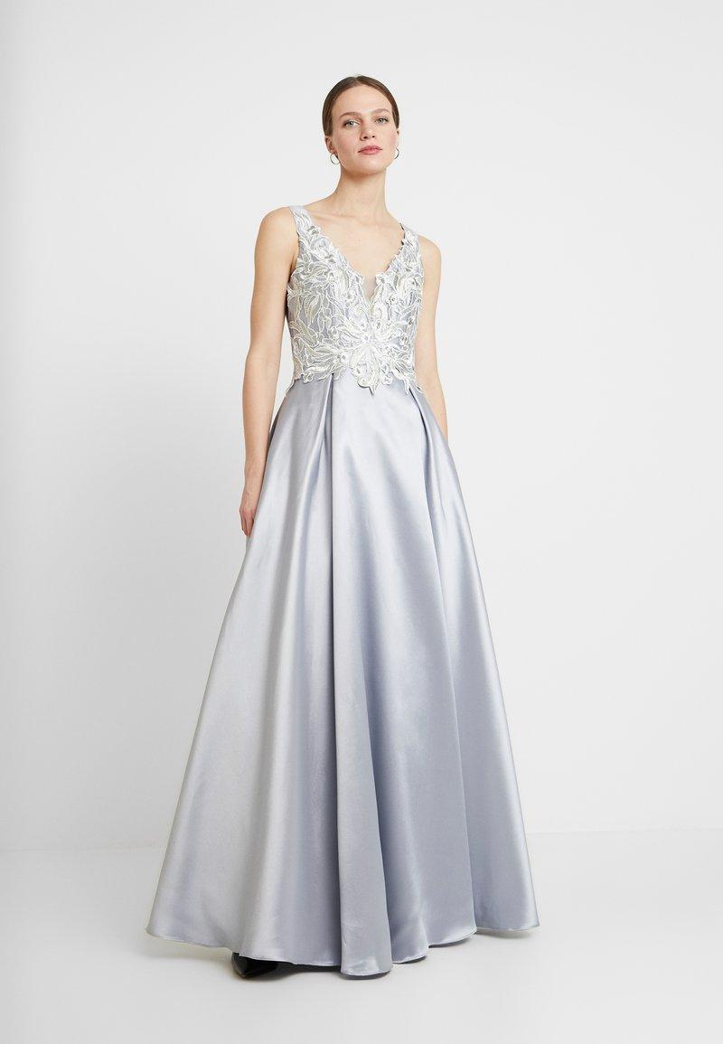 Luxuar Fashion - Společenské šaty - silber/grau