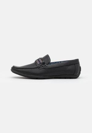 THROO - Loaferit/pistokkaat - black