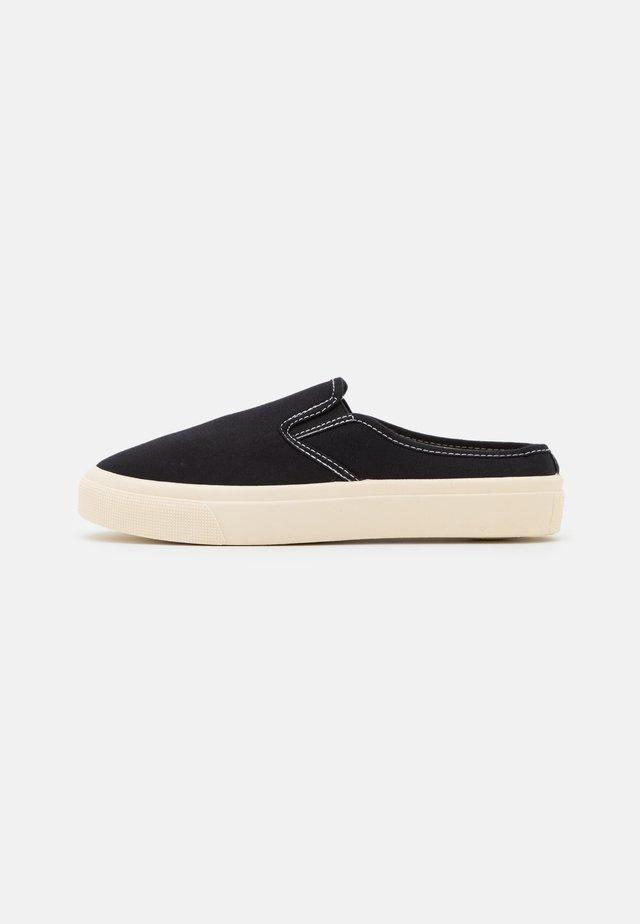 VEGAN MILLER - Sneakers laag - black
