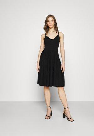 MISTO - Jumper dress - noir