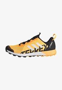adidas Performance - TERREX SPEED TRAIL RUNNING SHOES - Obuwie do biegania Szlak - gold - 1