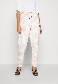 Missguided - PLAYBOY TIE DYE OVERSIZED JOGGER - Trainingsbroek - stone - 0