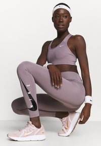 Nike Performance - RUN - Leggings - purple smoke/silver - 3