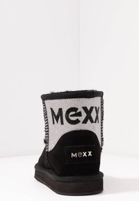 Mexx - DOORTJE - Kotníkové boty - black - 5