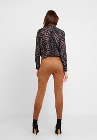 comma - Trousers - camel - 2