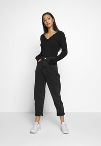Nly by Nelly - DEEP V - Topper langermet - black - 1