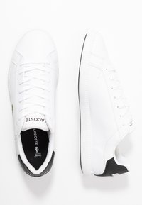Lacoste - GRADUATE - Trainers - white/black - 1