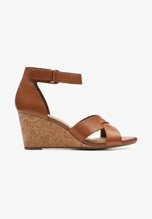 Sandalen met sleehak - tan leather