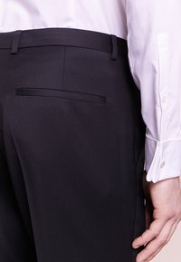 HUGO - HENFORD - Suit trousers - black - 4