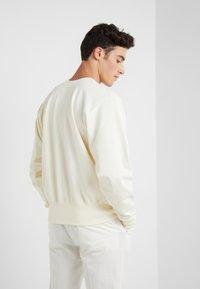 Vivienne Westwood Anglomania - CLASSIC - Sweatshirt - white - 2