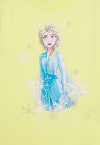 Name it - NKMFROZEN TEA - Print T-shirt - limelight - 2