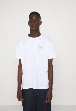 ACE - T-Shirt print - white/green