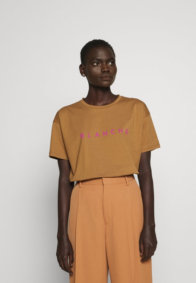 MAIN CONTRAST - T-shirt basique - toasted