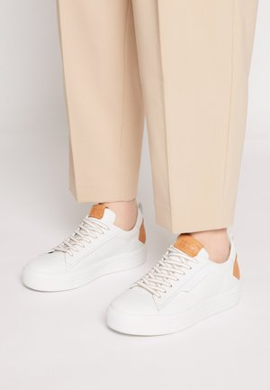 UP - Sneakers laag - bianco/caramel