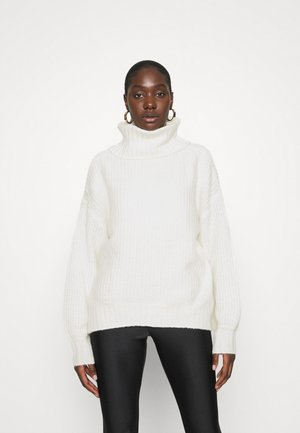 COSY OVERSIZED TURTLE NECK - Strikkegenser - ecru