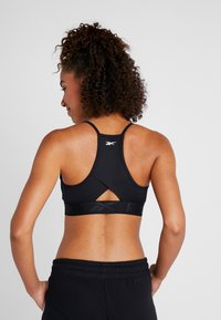 Reebok - WORKOUT READY WORKOUT BRA LIGHT SUPPORT - Sport-bh met light support - black - 2