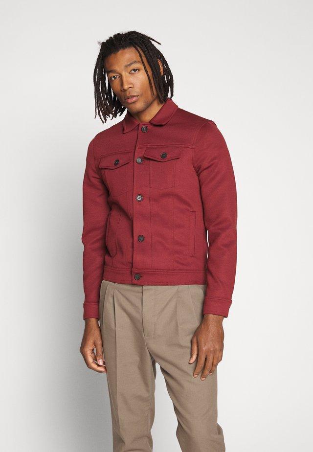 Korte jassen - dark red