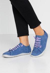 Camper - PEU CAMI - Chaussures à lacets - navy - 0