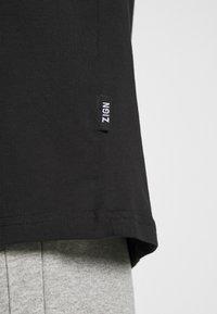 Zign - UNISEX - Jednoduché triko - black - 4