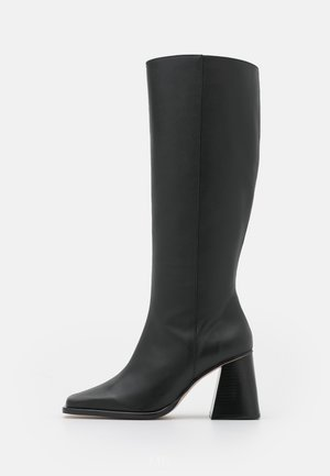 NORTH - Vysoká obuv - total black