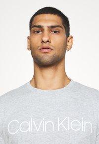 Calvin Klein - FRONT LOGO 2 PACK - Triko spotiskem - multi - 5