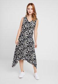 Wallis Petite - DAISY HANKY HEM DRESS - Maxi dress - black - 0