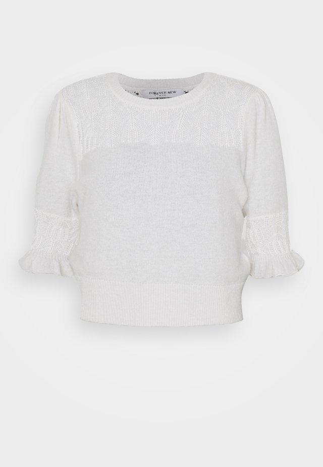 CASEY POINTELLE YOKE TEE - T-shirt print - porcelain