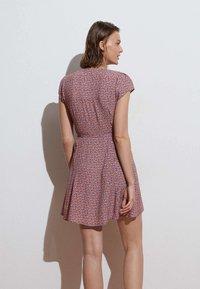 OYSHO - SHORT-SLEEVED  - Day dress - multi-coloured - 1