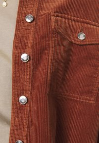ONLY - ONLMARINA BITTEN LIFE - Summer jacket - rustic brown - 4