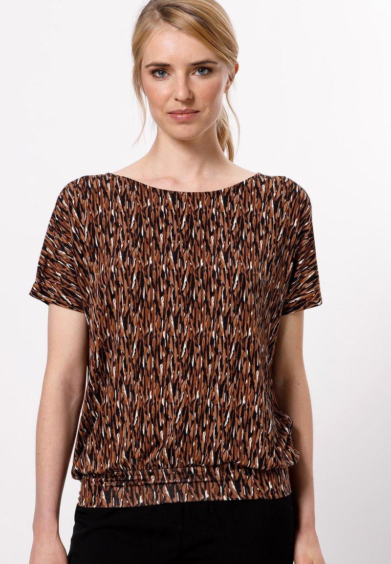 zero - Print T-shirt - almond