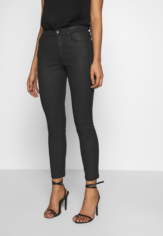TROUSERS - Jeansy Skinny Fit - black
