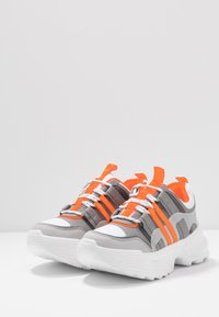 Topshop - COLORADO CHUNKY TRAINER - Trainers - orange - 4