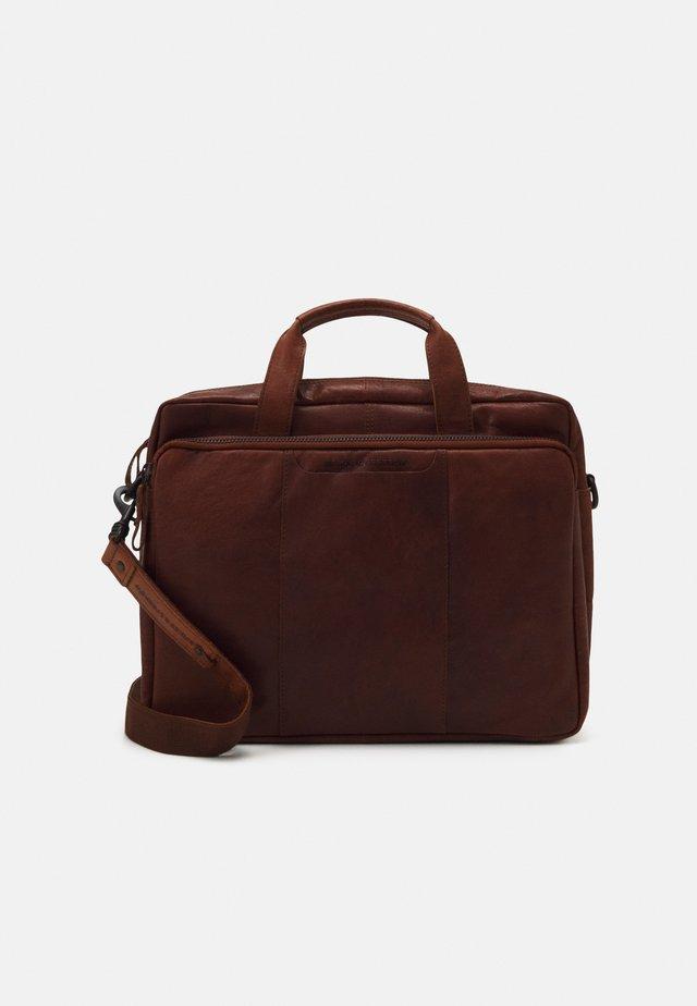 Laptop bag - brandy