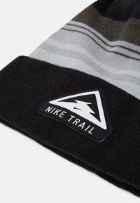 Nike Performance - BEANIE CUFFED TRAIL UNISEX - Beanie - black - 3