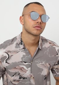 Ray-Ban - Sunglasses - bronze-coloured/copper-coloured - 1