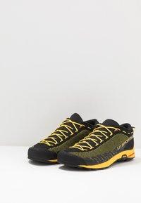 La Sportiva - TX2 - Lezecká obuv - black/yellow - 2