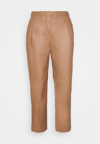MARIE PLEAT PANTS - Pantaloni - camel