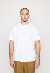 s.Oliver - Basic T-shirt - white - 0